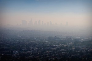 LA covered in Smog and air pollution, blanketing the skyline. Source- www.neontommy.com